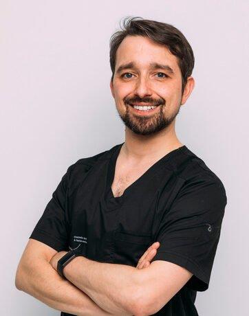 Dr Pedro Laranjeira - Aesthetic Dentistry Awards 2019 Finalist