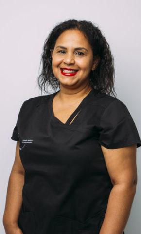 Dr. Maria Menut