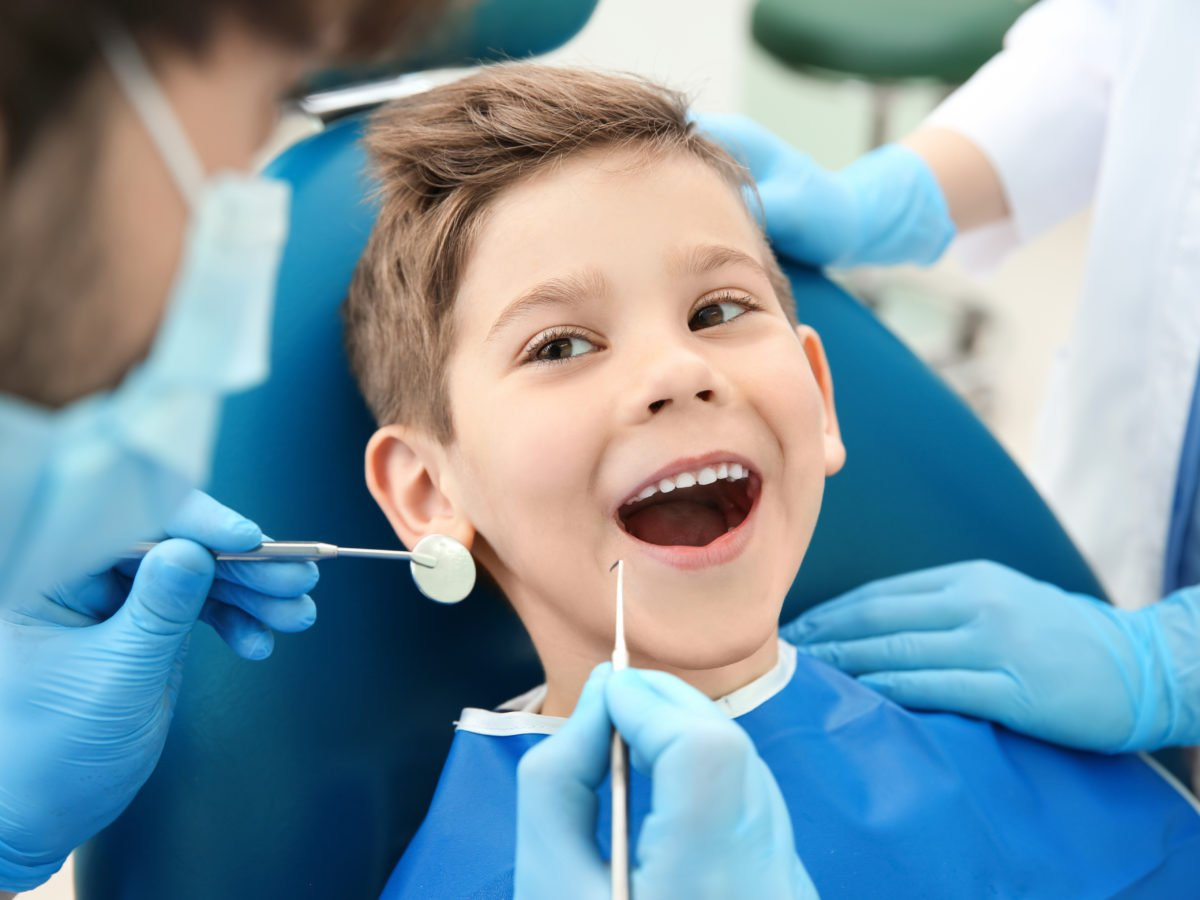 How to Keep Your Kids' Teeth Healthy at Christmas