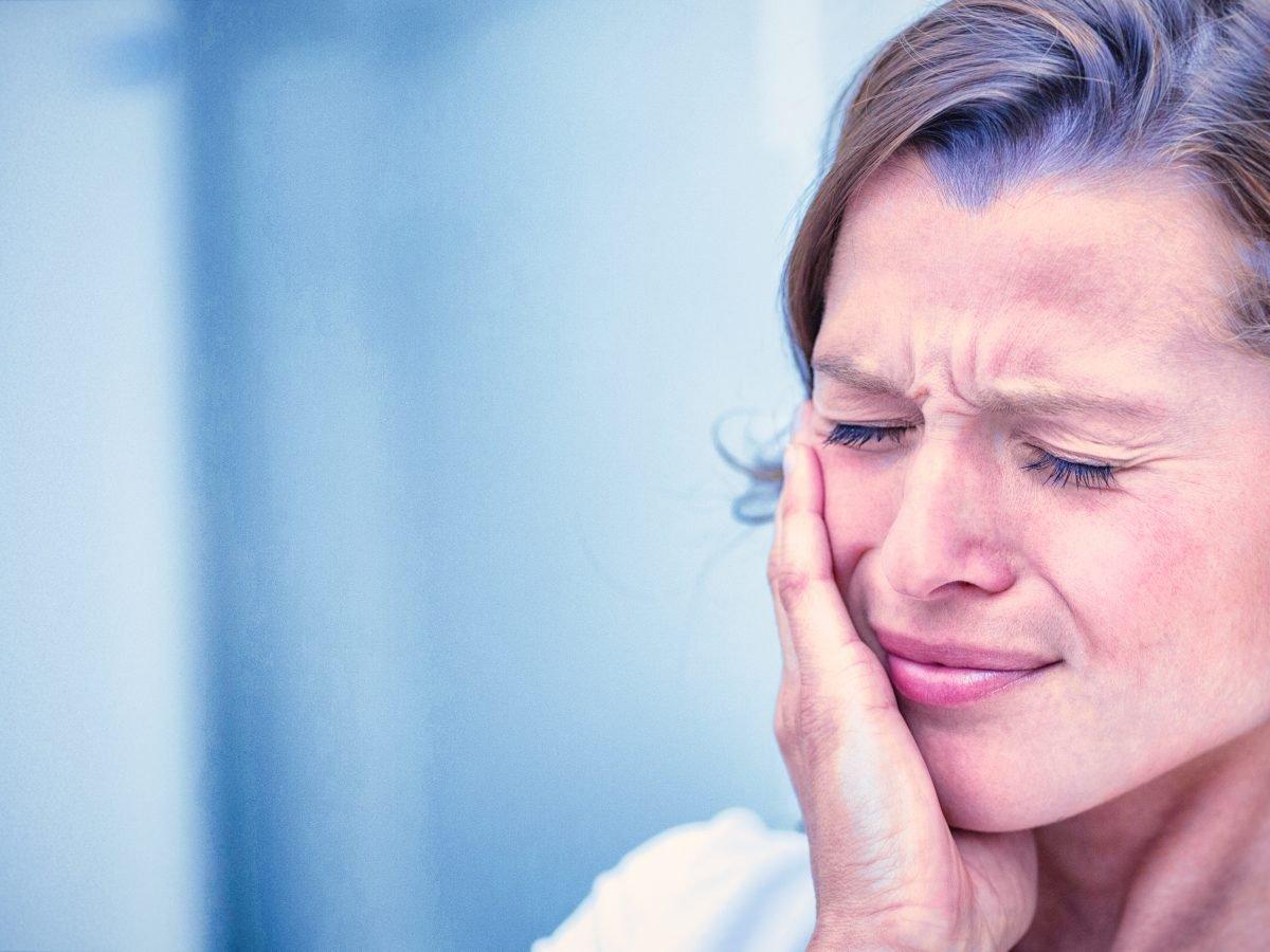 What Causes Gingivitis?